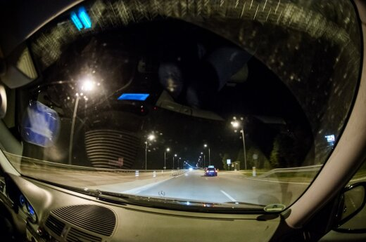 Ekspertų pastebėjimai: sergantys vairuoja it girti