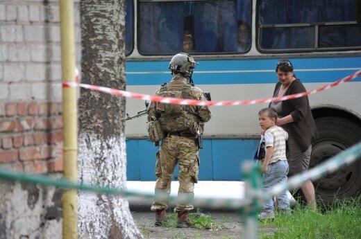 Rytų Ukrainoje kovos intensyvėja: per parą žuvo devyni vyriausybės pajėgų kariai
