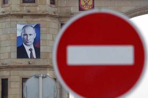 Lithuanian president's office: Russia sanctions to stay in place until Minsk agreements are implemented
