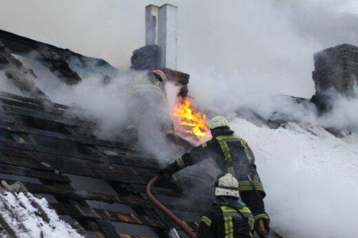 W rejonie solecznickim podczas pożaru domu spłonęli brat i siostra