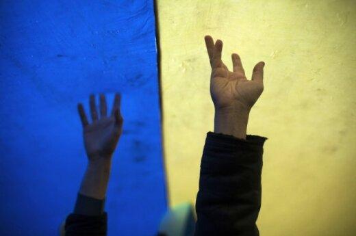 Children of Ukrainian troops arrive in Lithuania