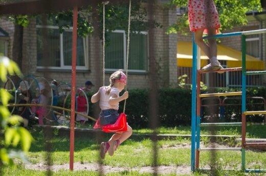 Mamytės įspūdžiai po darželių dalybų: lietuviu būti neapsimoka
