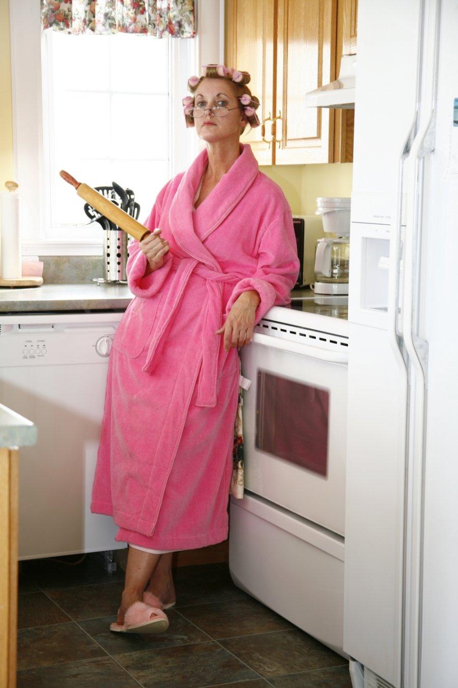 Что у мамаши под халатом 20 фотография