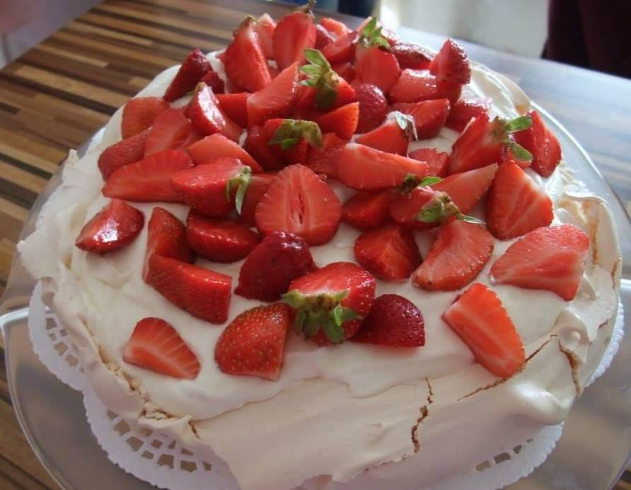 С праздником 8-го марта - Страница 2 Morenginis-tortas-64149292