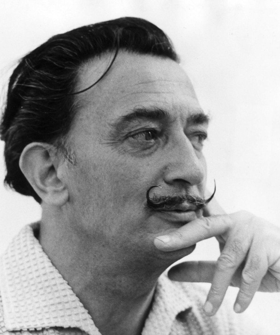 life of salvador dali Biographic data of one of the most brilliant artist known to mankind deu fre ita esp eng : son of salvador dali y cusi from cadaques, gerona, and felipa dome domenech from barcelona the meaning of his name salvador and a return to the world of dreams and inner life was.