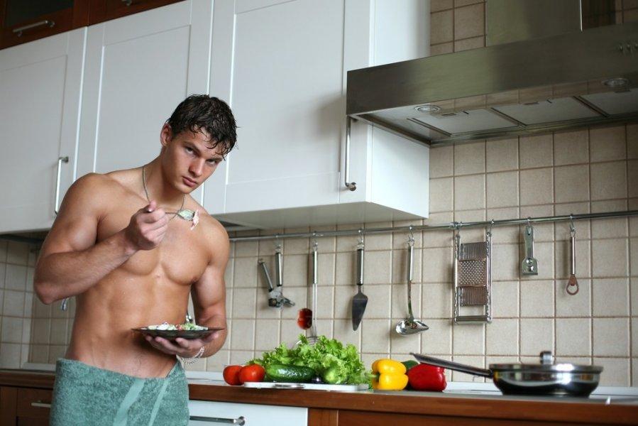 Русский секс на кухне с молодой женой 97