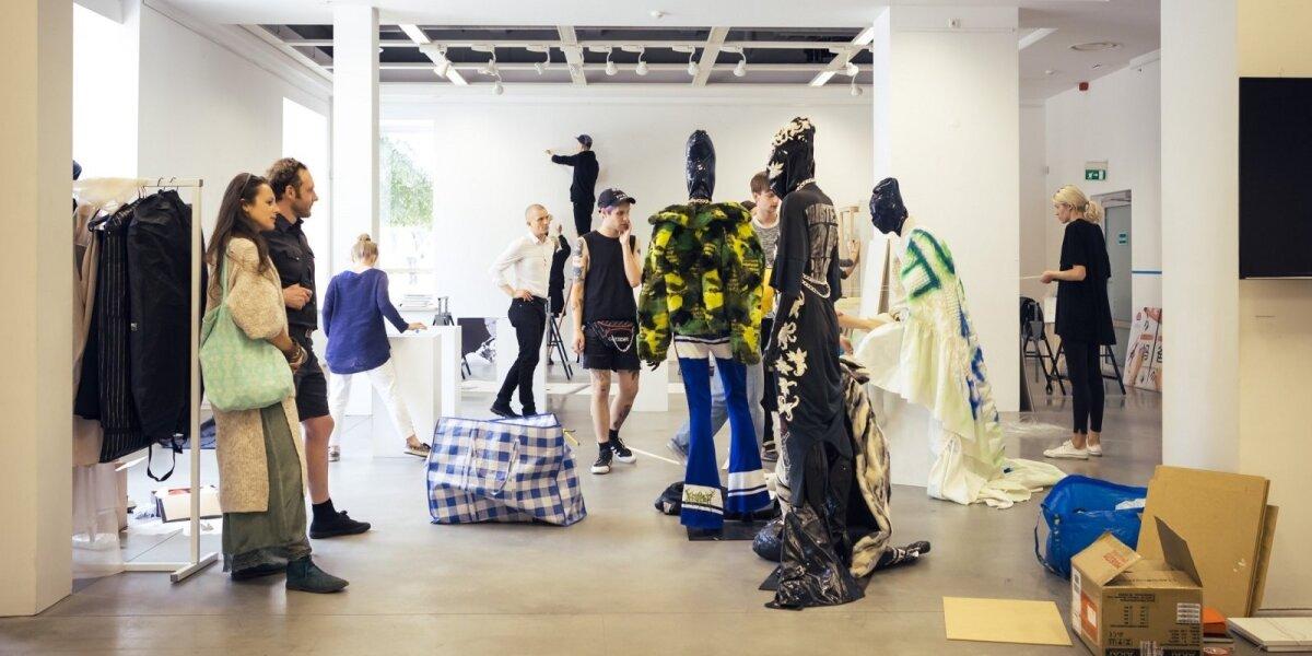 Geriausi jaunieji dizaineriai Kultūros naktį kviečia į parodą