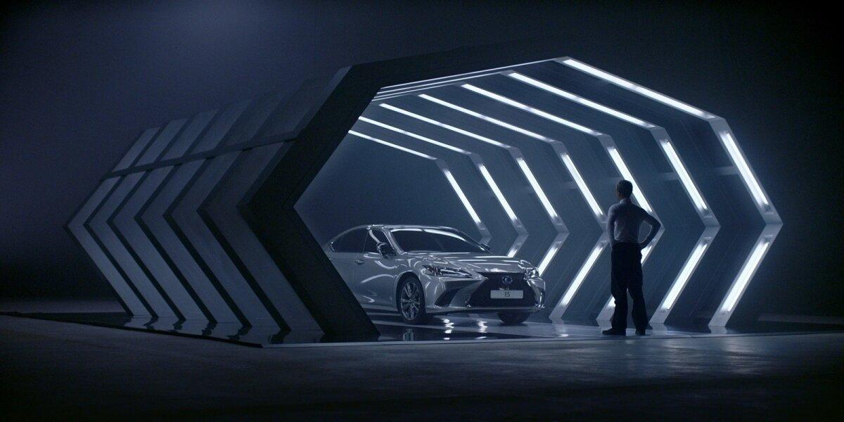 """""""Lexus"""" reklama, kuriai scenarijų parašė dirbtinis intelektas"""