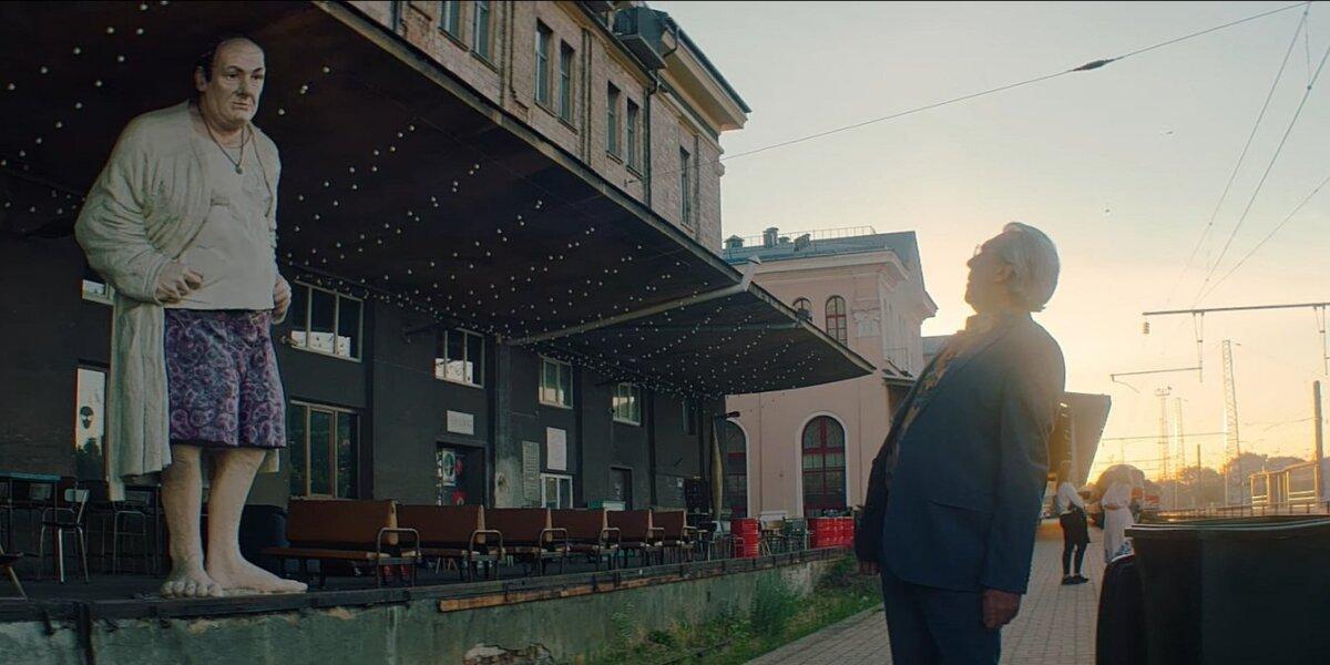 Naujoje Vilniaus reklamoje juokelius laido navigacija