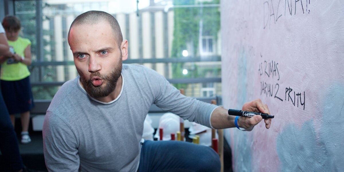 """Konkurso """"nežVAIRUOK!"""" komisijos narys Rimas Valeikis: nesu """"telefoninis"""" žmogus"""