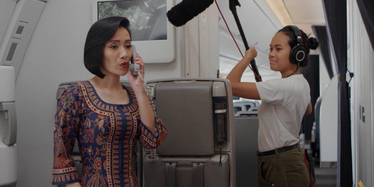 Singapūro avialinijoms paskelbus apie naują kryptį, pristatė kūrinį, įrašytą vien iš lėktuvo garsų