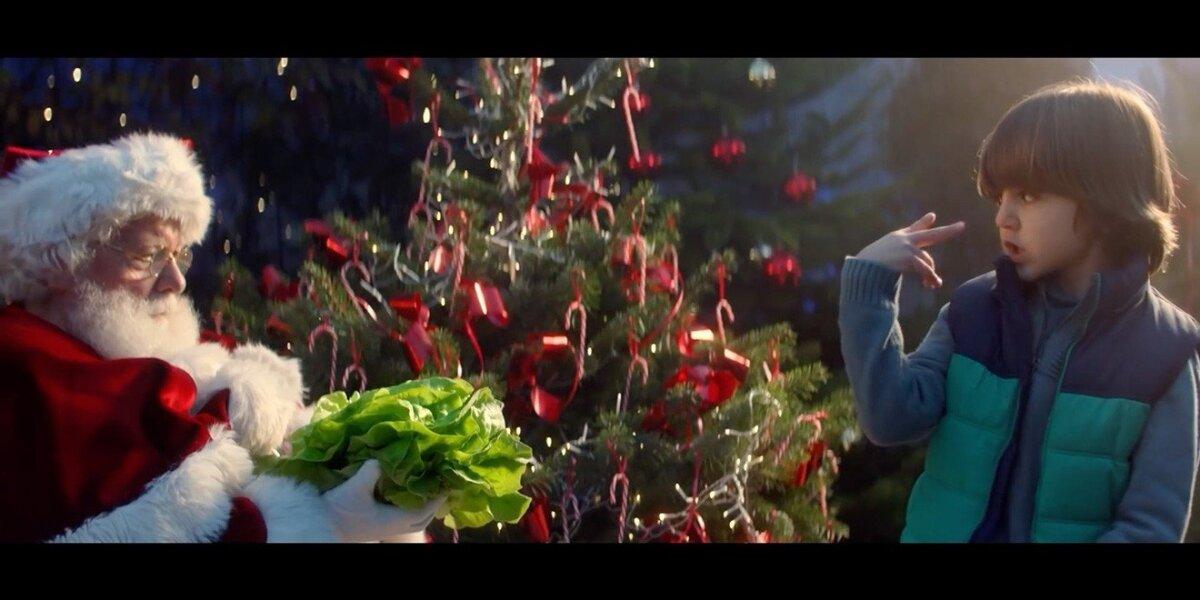 Dilema šventinėje reklamoje: ar Kalėdų senelis laikysis dietos?