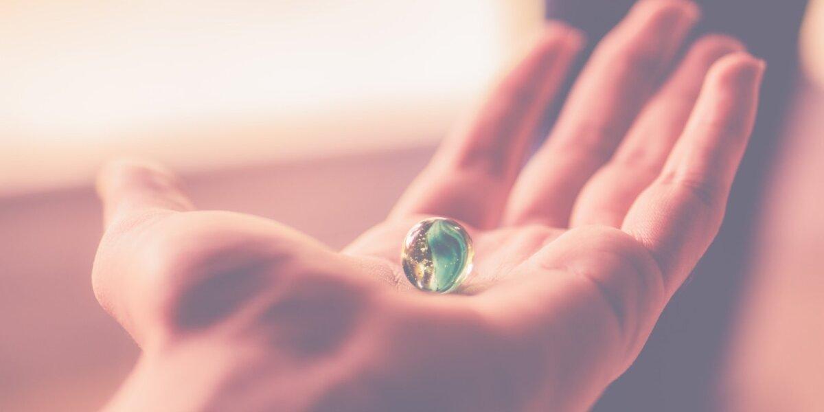 Naujoji realybė: į burbulus persikonstruojantis pasaulis ir nematyti nemokamų pinigų srautai