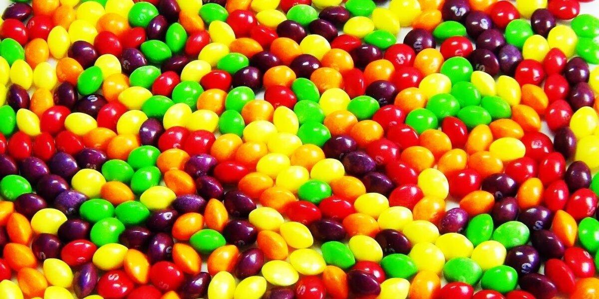 """""""Skittles"""" iš anksto šoka į """"Super Bowl"""" traukinį"""
