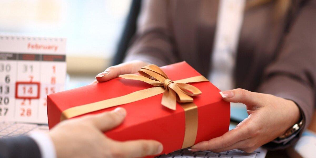 Kalėdinės verslo dovanos: prievolė, investicija ar gražus gestas?