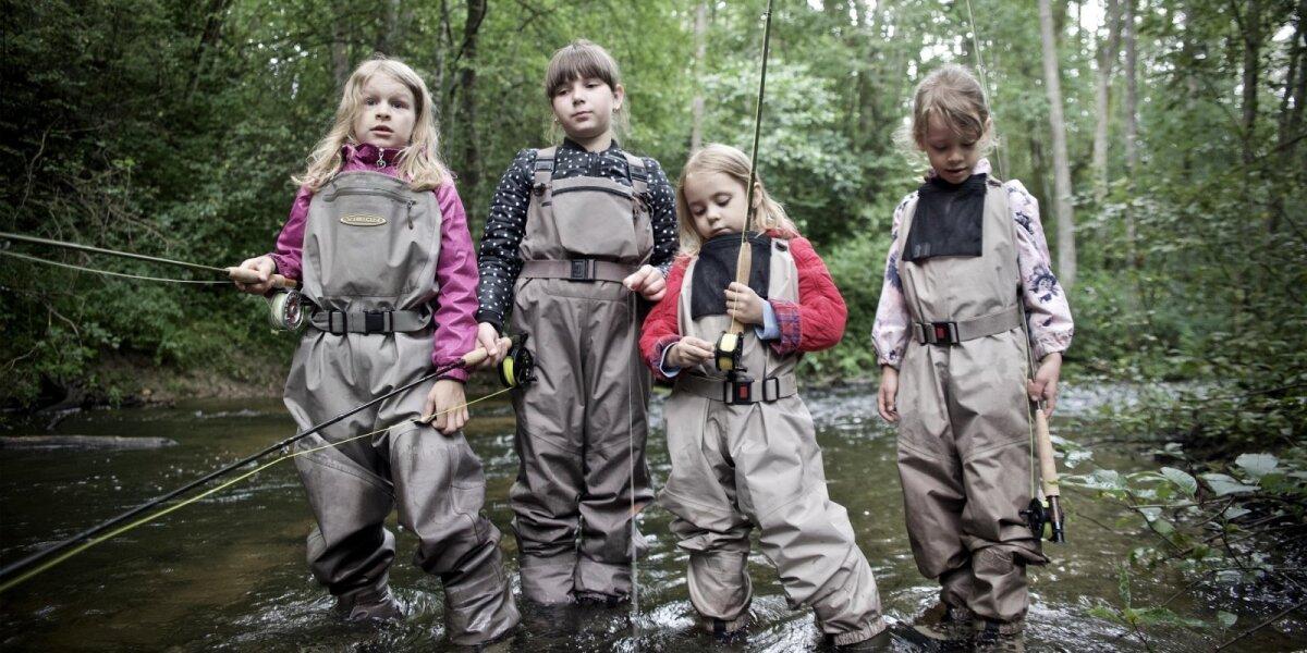 Akimirka iš muselinės žūklės stovyklos vaikams
