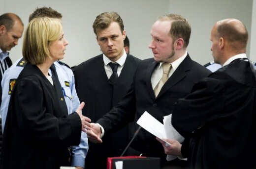 Norwegia: Półgodzinne przemówienie Breivika