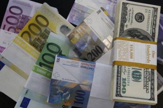 2015 będzie rokiem mocnego dolara i słabego euro. Złoty ma być stabilny
