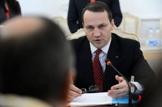 Rosyjski politolog: Sikorski współpracował z Osamą Bin Ladenem i zepsuł stosunki z Litwą