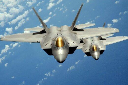 USA wysyła do Europy swoje F-22