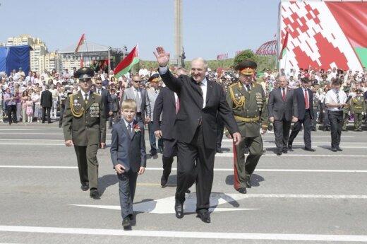 Łukaszenka chce zbudować elektrownię atomową jak najtaniej