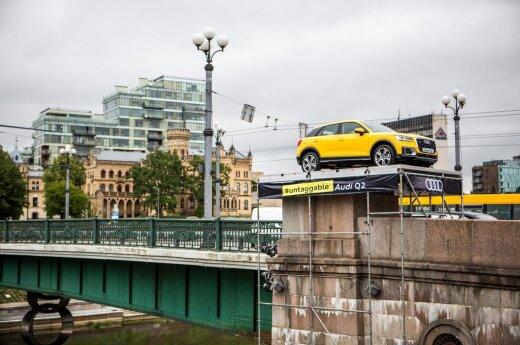 Zamiast sowieckich rzeźb na Zielonym moście... Audi