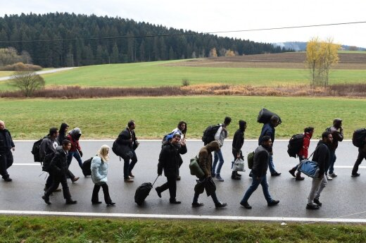 Minister MSW RP: Należy zlikwidować czynniki przyciągające kolejne fale imigrantów do Europy