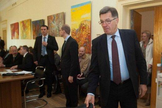 Butkevičius chce walczyć z przemytem alkoholu i wyrobów tytoniowych