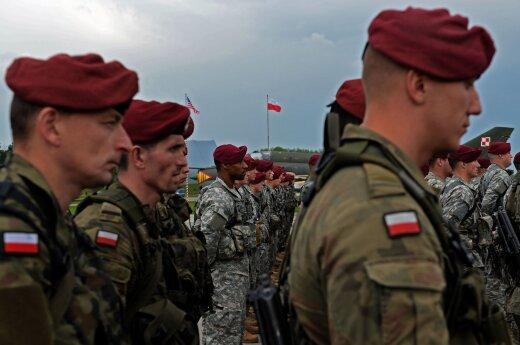 Ćwierć miliona Polaków wzywają do wojska