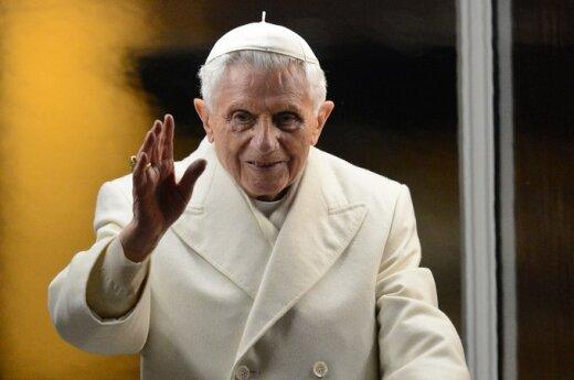 Watykan: Benedykt XVI abdykuje