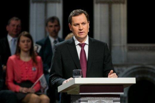 Tomaszewski: Ustawa o ochronie niepełnoletnich przed negatywną informacją nie dyskryminuje mniejszości seksualne