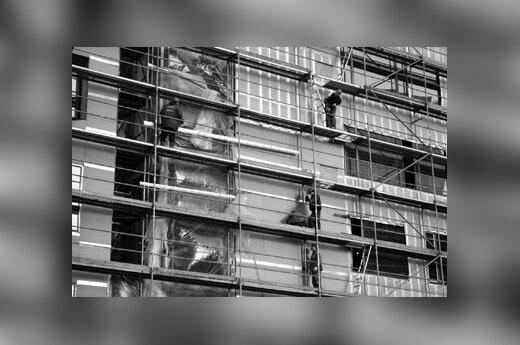 Wielka Brytania: Śmierć na budowie. Wyrzucili ciało Polaka do lasu