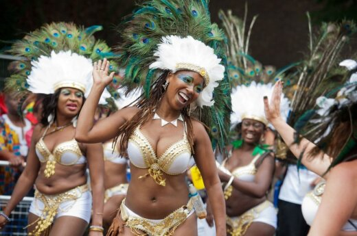 Karnawał Notting Hill: komercja, impreza integracyjna czy pogańska orgia?