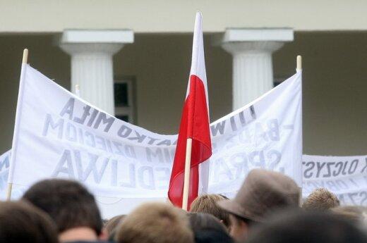 Czy lubimy wywieszać flagi?