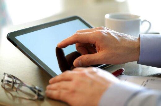 Czy warto płacić za informacje w internecie?