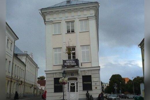Krzywy dom w Tartu