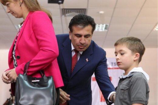Gruzja: Saakaszwili przyznał się do porażki