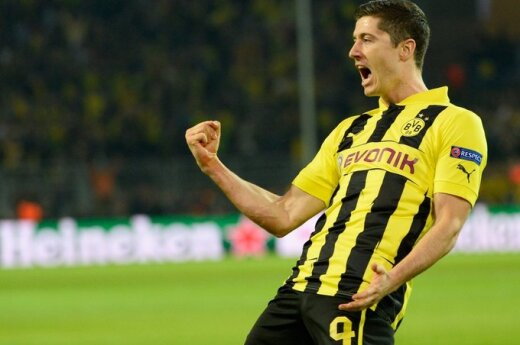 Hat - Four!!! Lewandowski!!!