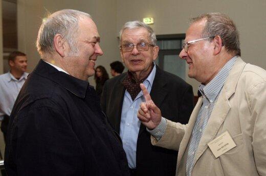 Michnik i Venclova zostali uhonorowani przez Uniwersytet Kłajpedzki