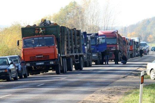 Po wypadku w Warszawie wzmożona kontrola zagranicznych samochodów ciężarowych