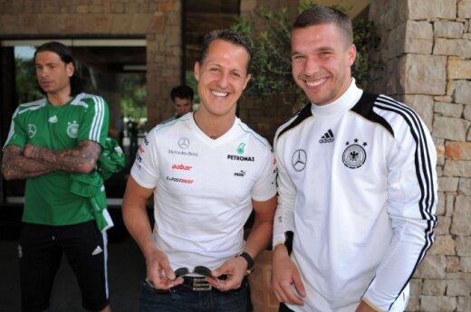 Lukas Podolski wybudził Schumachera ze śpiączki?