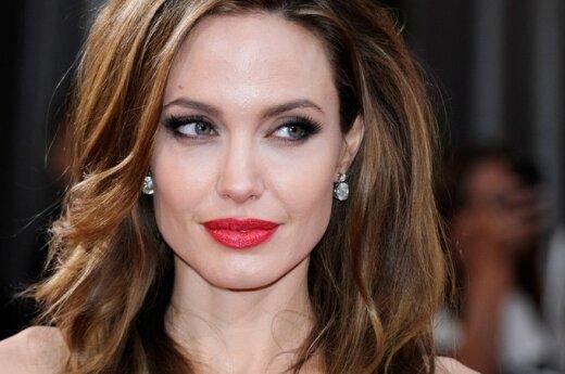 Angelina Jolie ma coraz więcej wrogów