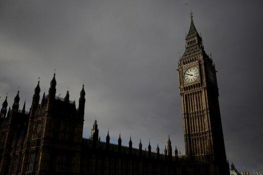 Ograniczenia zasiłków dla imigrantów: Uderzą tylko w Polaków w UK