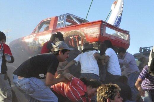 Monster Truck wjechał w tłum widzów, zginęło 8 osób