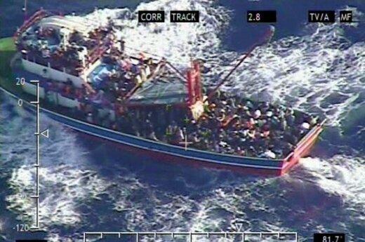 Łodzie pełne terrorystów płyną do Europy