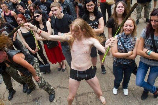 """""""Kilkim Žaibu"""": folkowa atmosfera i metalowe brzmienia"""