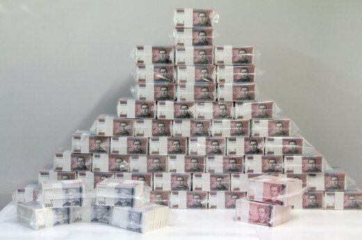 Największe roczne wynagrodzenie 3,1 mln litów