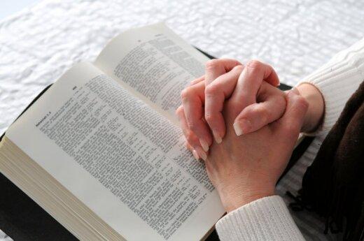 Obowiązkowe nauczanie religii w szkołach jest nie zgodne z Konstytucją