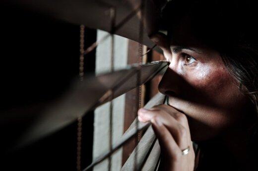 Korwin-Mikke: Boimy się - bo nas straszą