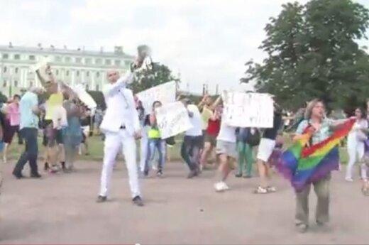 Rozpędzono marsz homoseksualistów w Petersburgu
